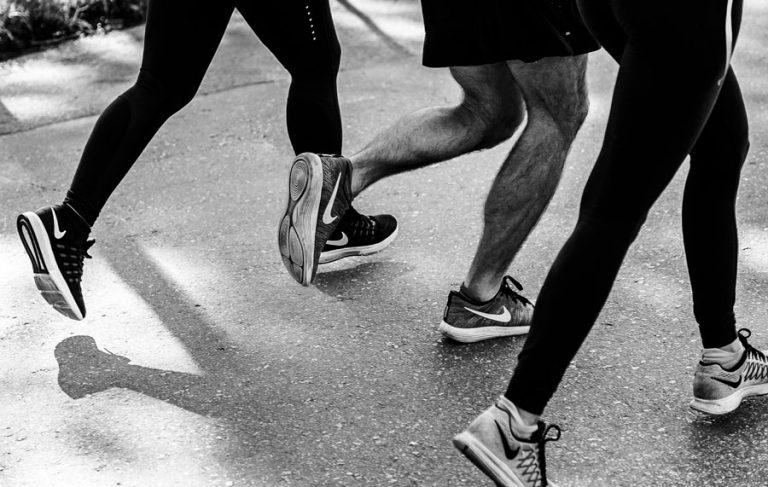 Αθλητικά Παπούτσια Για Τρέξιμο Αθλητές Που Τρέχουν