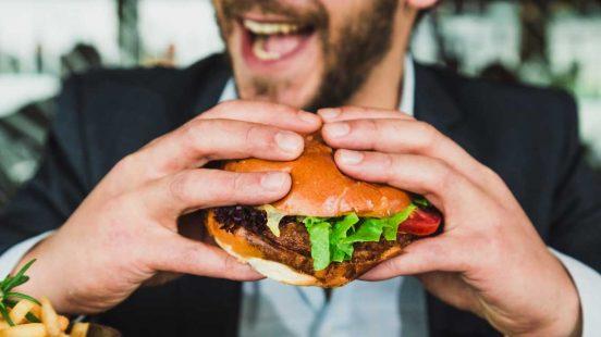 Διατροφή στο γραφείο ή στην δουλειά
