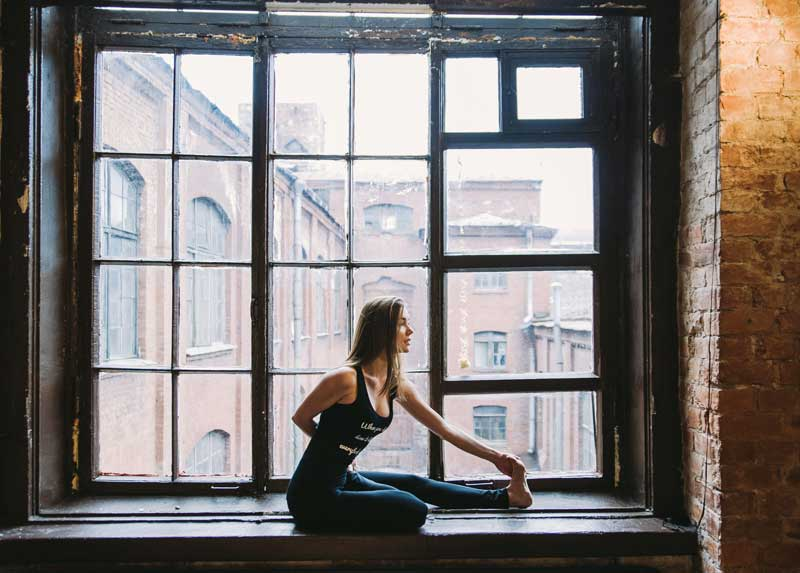 Διατάσεις και γυμναστική στο σπίτι   Running Scenes Διατροφή Υγεία Αθλητισμός